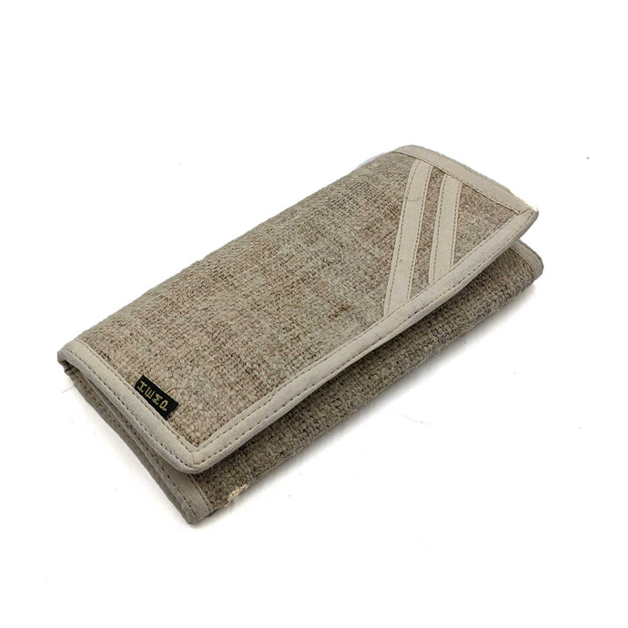 Hemp Clutch 2 Fold front view