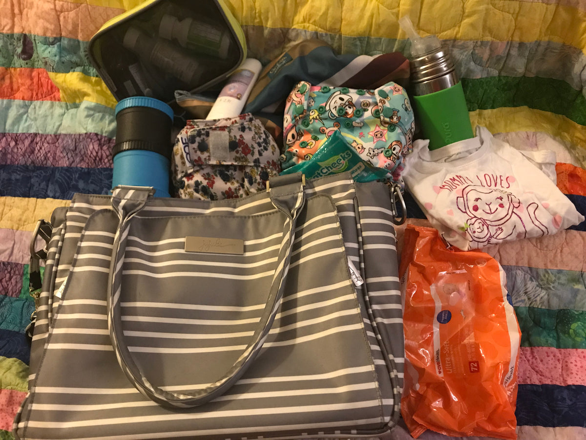 What Should Go in Your Diaper Bag for an Afternoon Out?