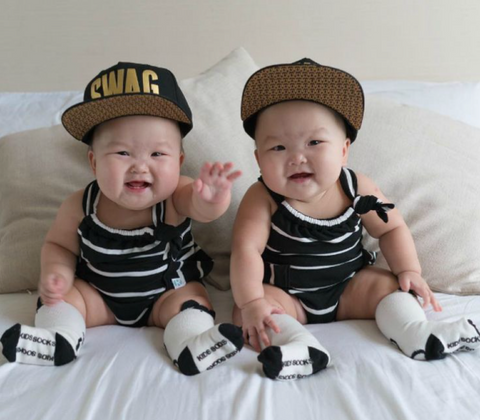 The Momo twins are already a hit on Instagram at 7 months old.