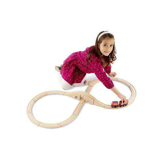 Melissa & Doug ~ Figure 8 Train Set