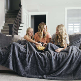 Saranoni Grand Line | Chinchilla Grand Faux Fur Blanket