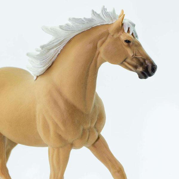 Safari LTD | Winner's Circle Horses ~ PALOMINO MUSTANG STALLION