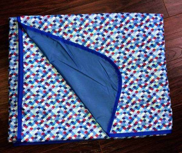 Smart Bottoms Beach Blanket | MMB Exclusive - Rainbow Fish