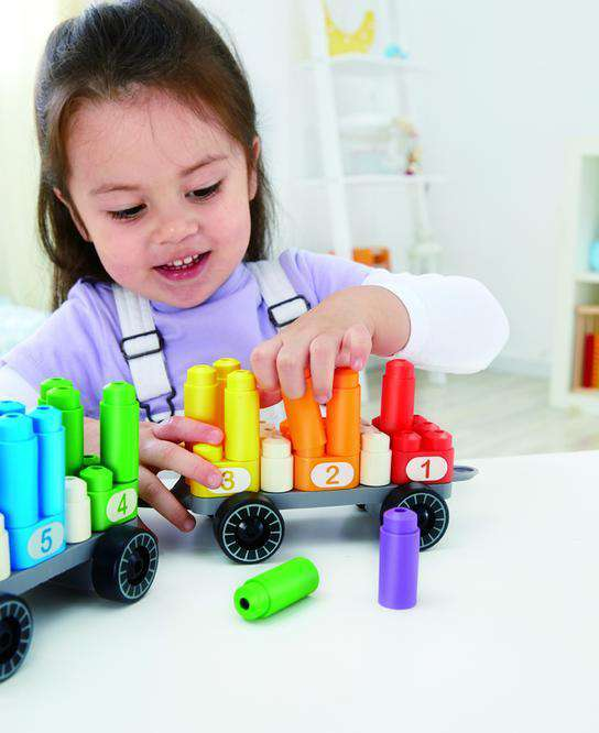 Hape / Poly M | Rainbow Counting Train