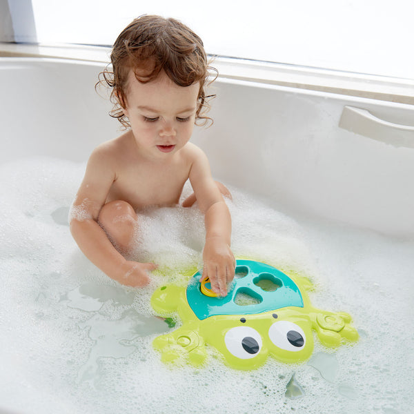 Hape | Feed Me Bath Frog