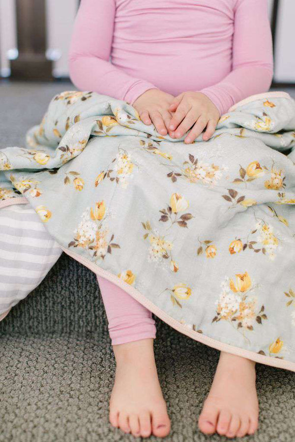 Loulou Lollipop | Deluxe Muslin Quilt ~ Wild Rose