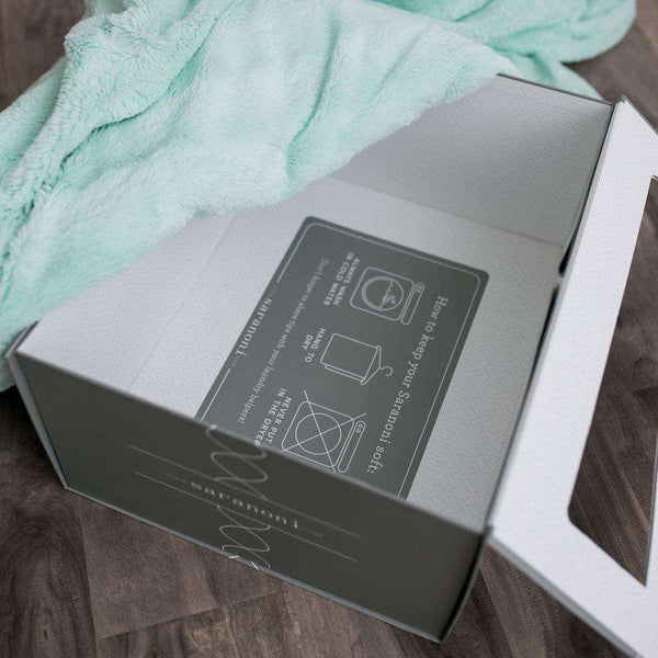 Saranoni Luxury Blanket | Premium Gift Box For Extra Large Blankets