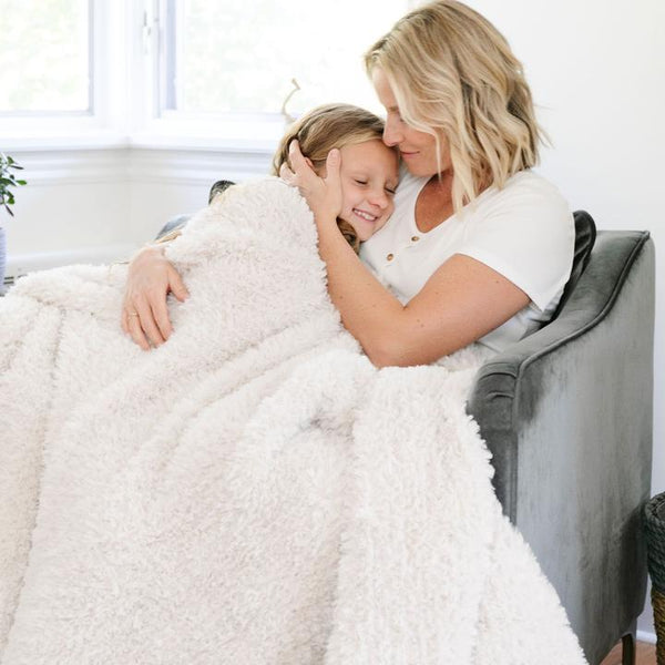 Saranoni Luxury Blanket | White Sand Knit Faux Fur