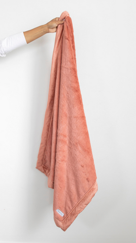 Saranoni Luxury Blanket | Lush in Clay