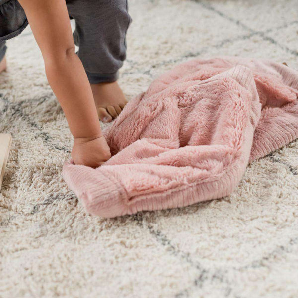 Saranoni Luxury Blanket | Ballet Slipper Lush~Lush