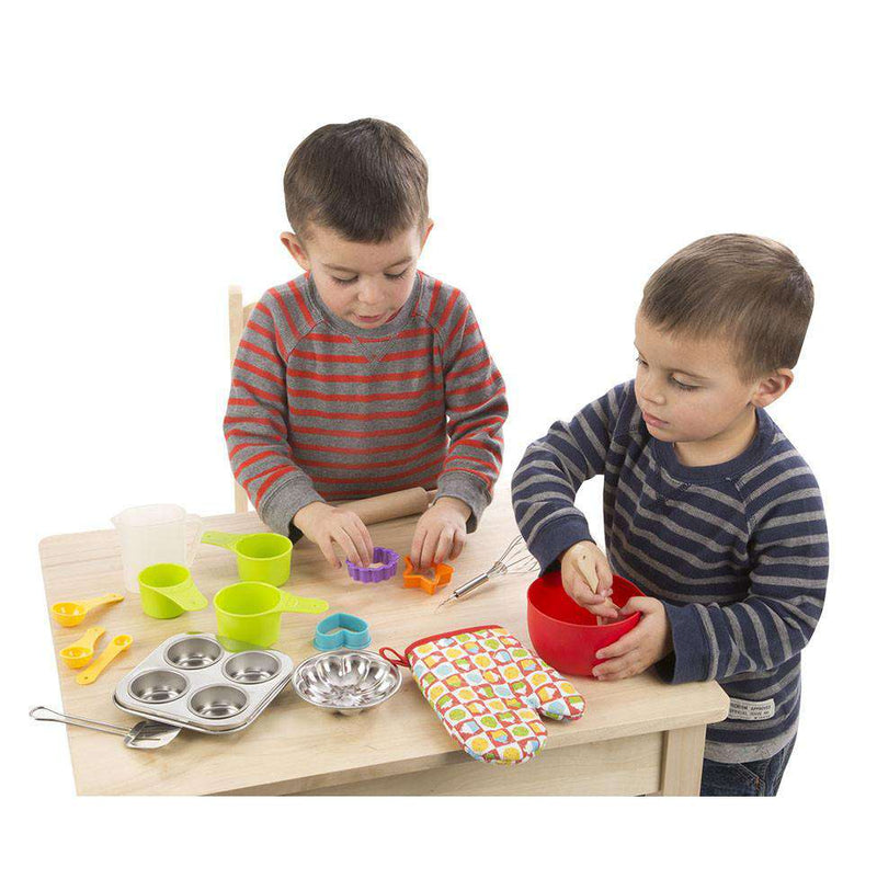 Melissa & Doug | Let's Play House! Baking Play Set