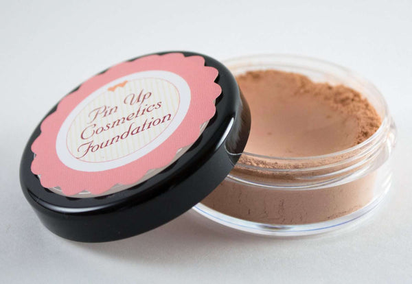 Pin Up Cosmetics - Dolled Up Donna Mineral Foundation Medium