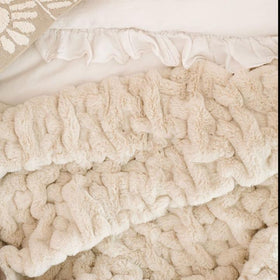 Saranoni Luxury Blanket | Flax Ruched Minky