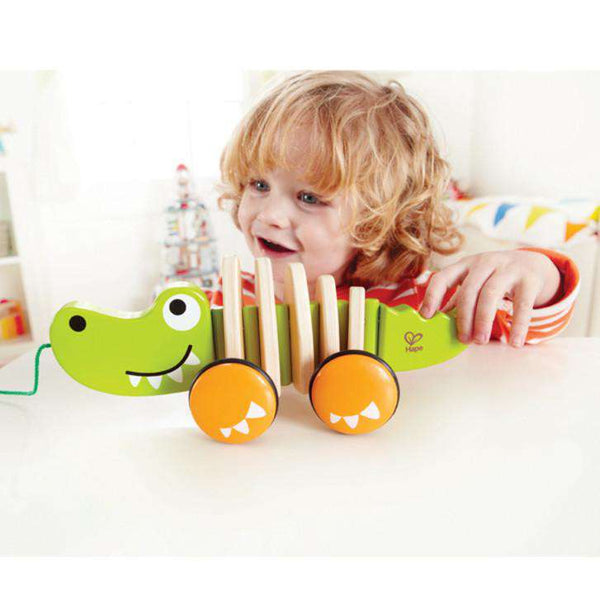 Hape | Walk-Along-Croc