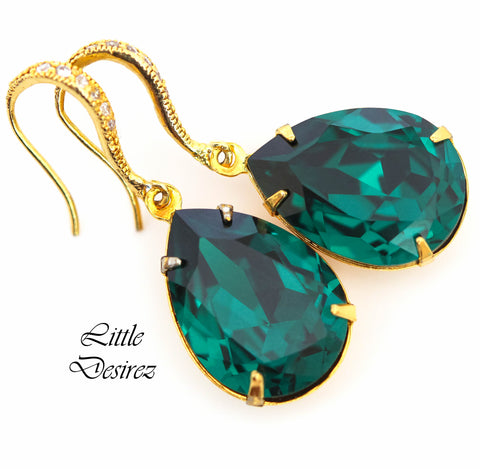 Emerald and Gold Dangle Earrings EM-31
