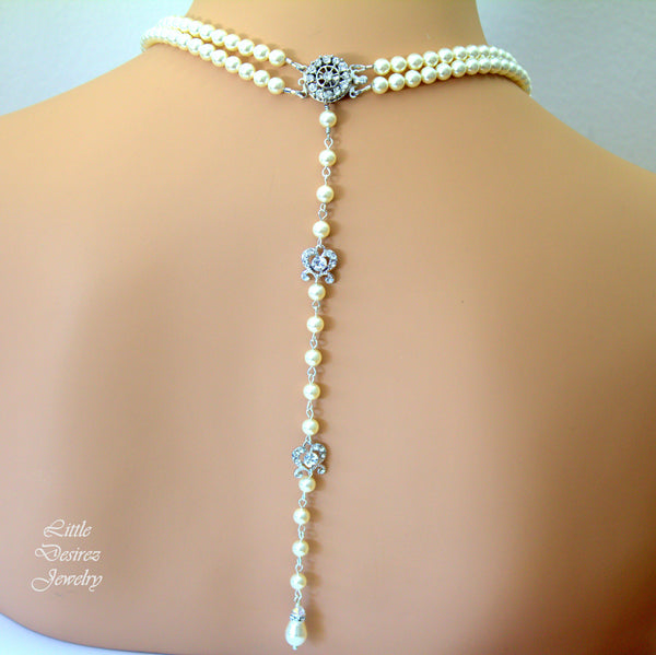 Bridal Pearl Necklace with Backdrop AMENDINE