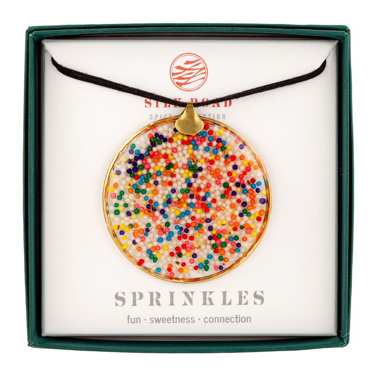 Sprinkles | Grand Hoop Necklace