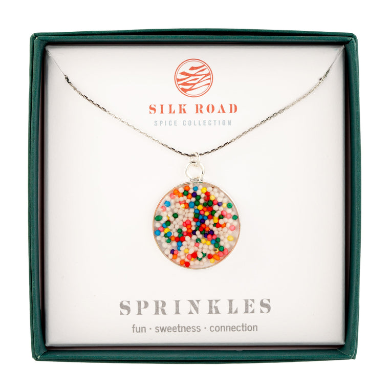 Sprinkles | Simple Circle Necklace