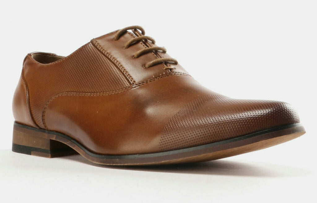 Lasered Toe Cap Lace Up Shoes - Tan Brown