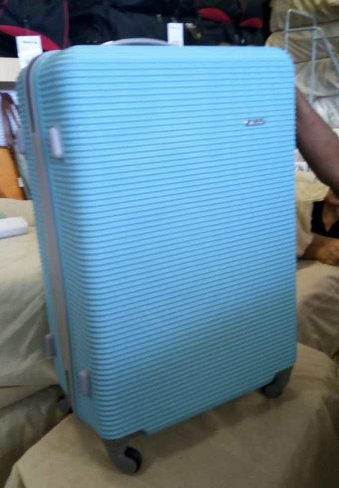 3 Piece Light Weight Luggage Set  - Powder Blue