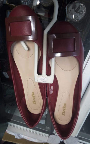 Bata Pumps Wine Red