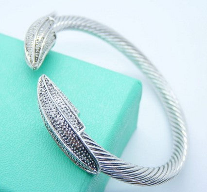 Double Leaf Bangle