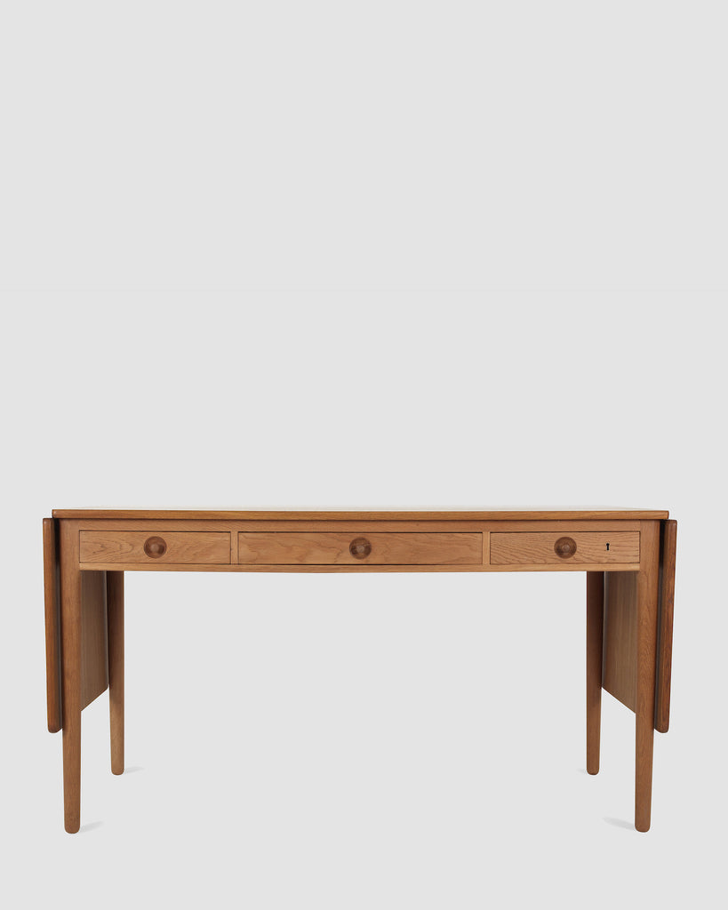 Desk by Hans J. Wegner