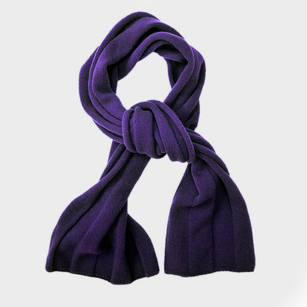 Extra Fine Merino Wide Rib Knit Wool Scarf in Violet Purple