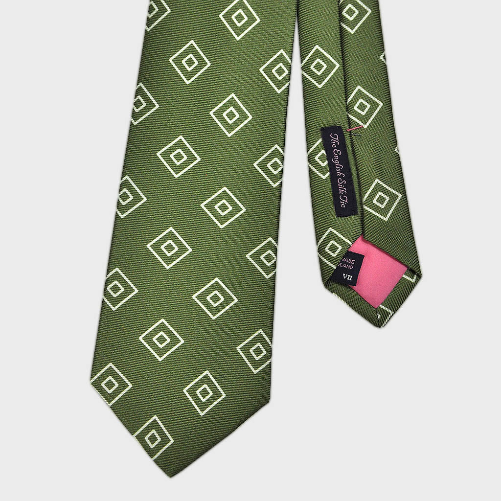 Diamond Geo Repeat Reppe Silk Tie in Forest Green