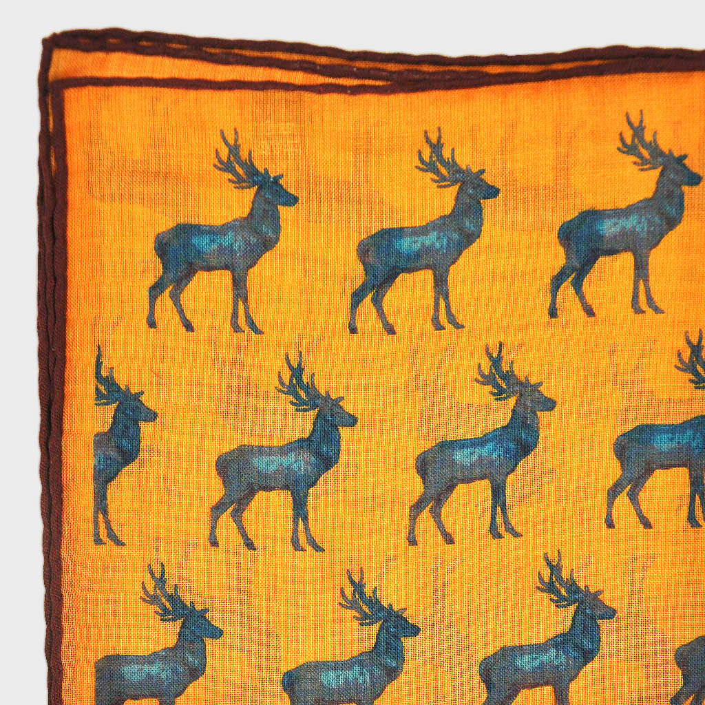 Stag Repeat Wool & Silk Pocket Square in Antique Gold