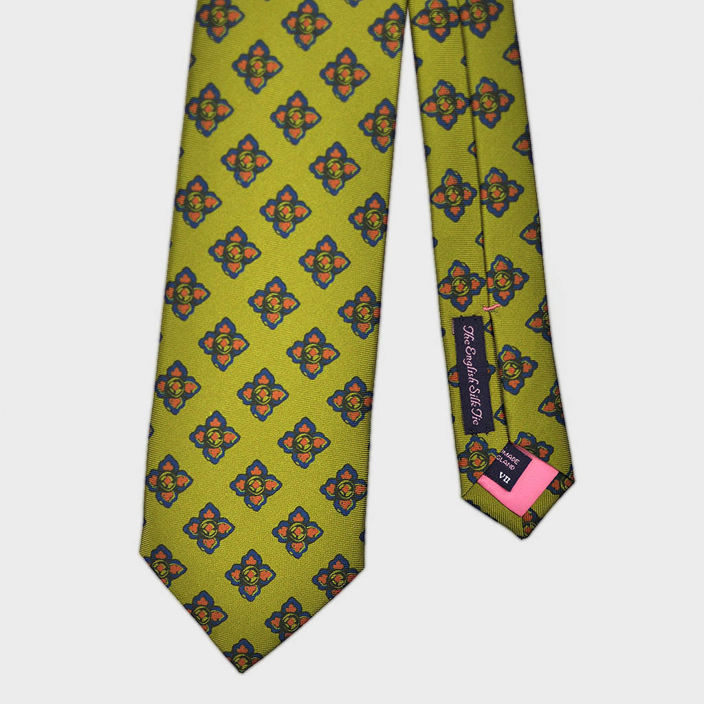 Neat Repeat Florets Bottle Neck Silk Tie in Olive