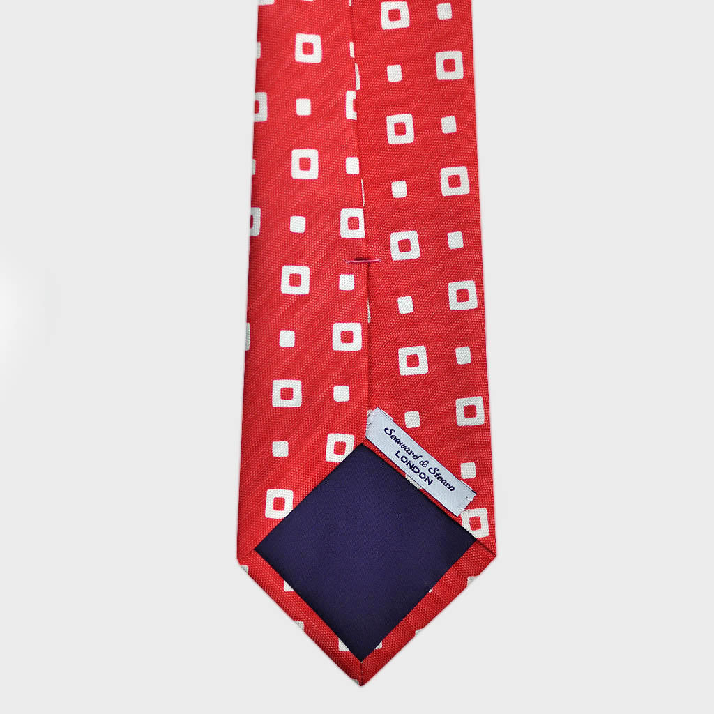 Square Shapes Silk & Linen Tie in Red