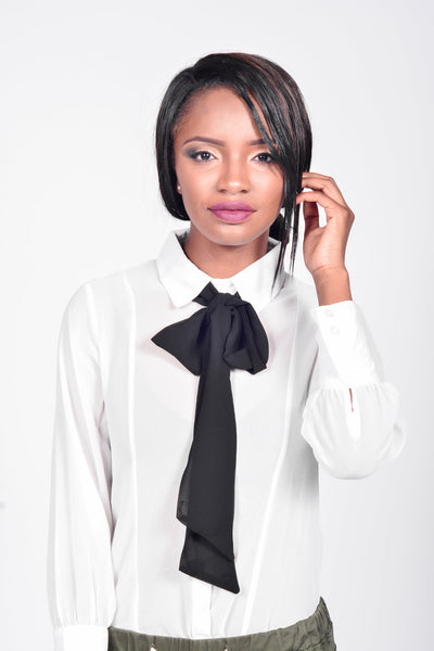La La Bow Collar Blouse