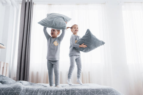 bed-mattress-protector-kids-pets-protection-spills-accidents-wear-and-tear