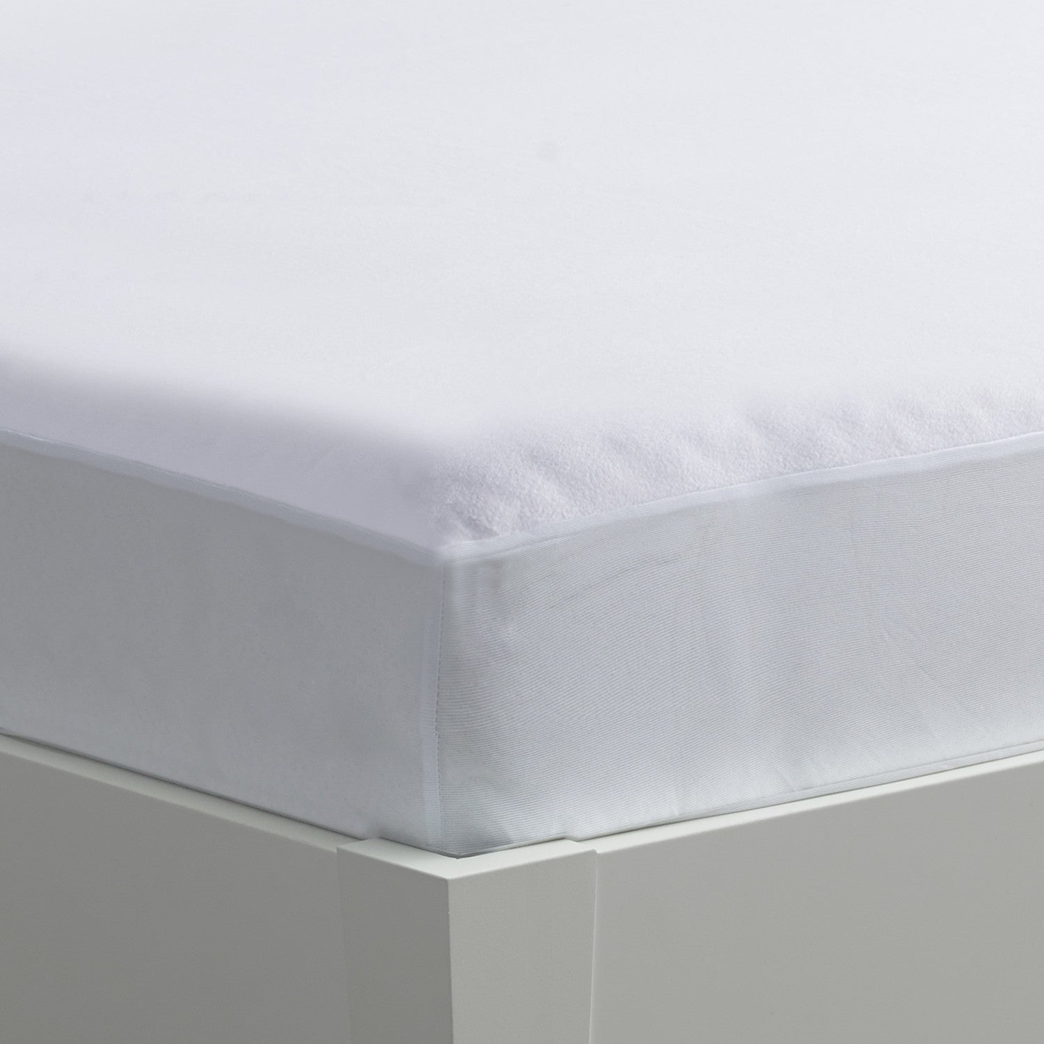 Accessories - IProtect Mattress Protector