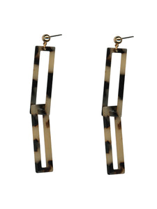 Tortoiseshell resin earrings with two long rectangles interlinked