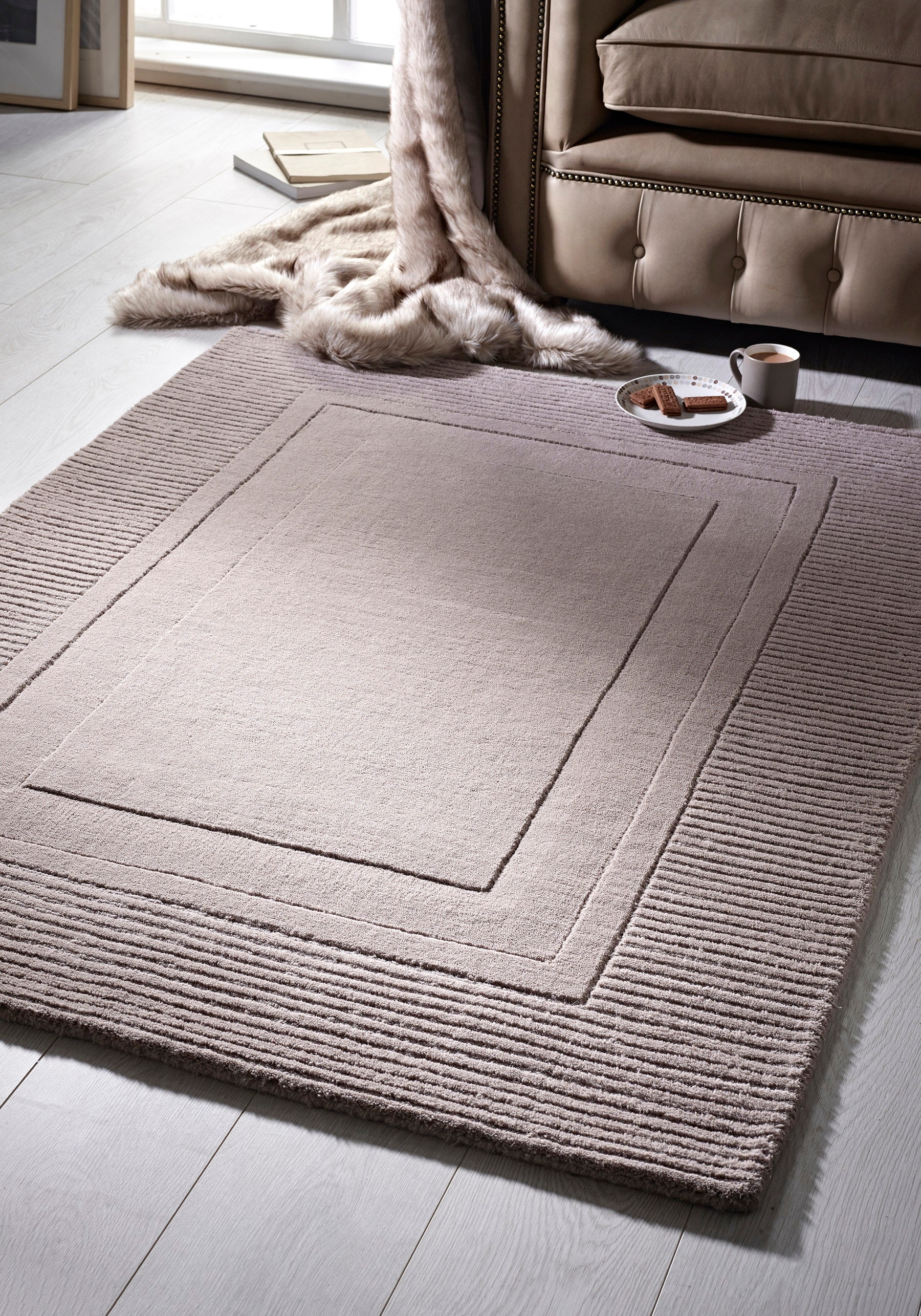 Modern mink colour rug with rectangle ridged pattern