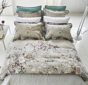 Osaria Dove Duvet Cover