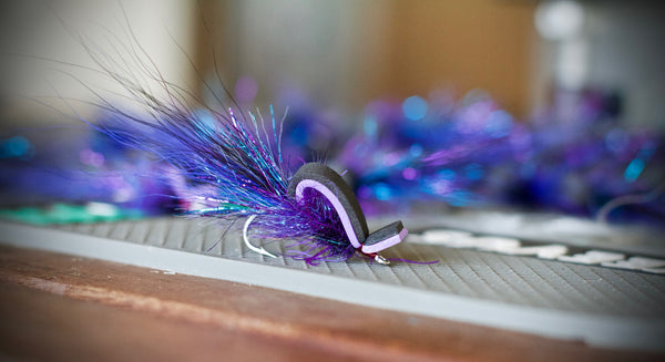 The Straight-Up Gurgler Fly is one of the best gurgler patterns for murky or dark water scenarios.
