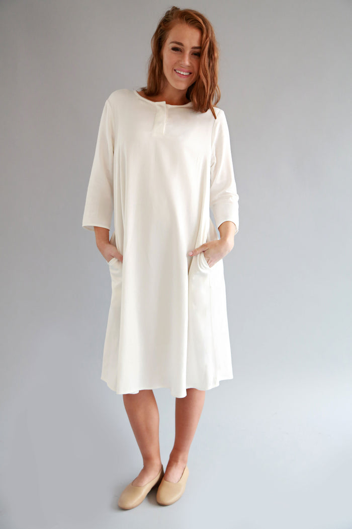 WHITE HAYA DRESS