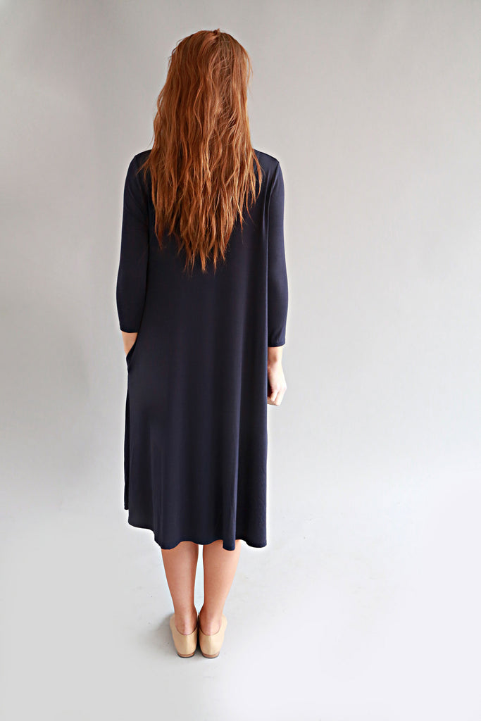 NAVY BASIC DRESS - SOLIKA