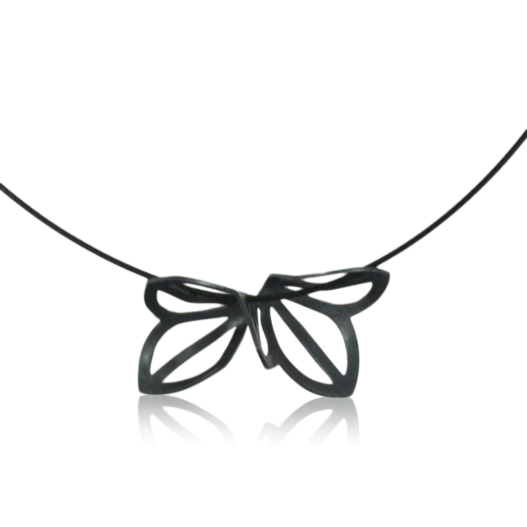 anise fold necklace