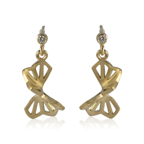 petite hyacinth fold earrings in 18 karat gold with diamonds