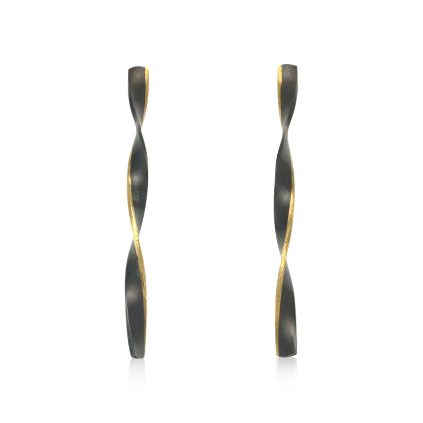 edged twist earrings