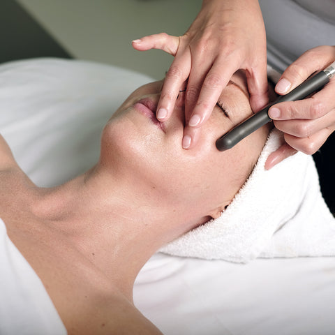 deluxe microdermabrasion facial dazzling ladies