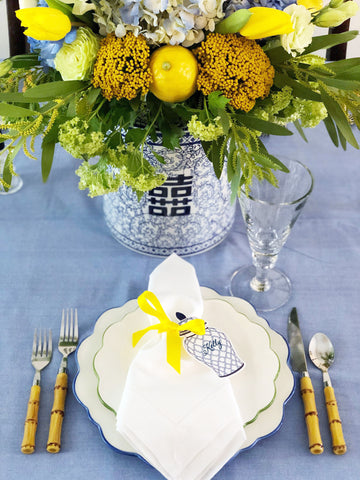 ginger jar and lemons tablesetting