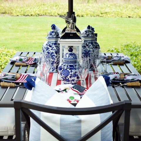 Memorial Day Tablesetting with Patriotic Topiary Napkins