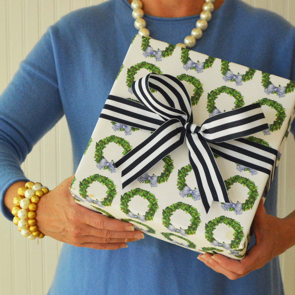 Boxwood Wreath Gift Wrap Sheets