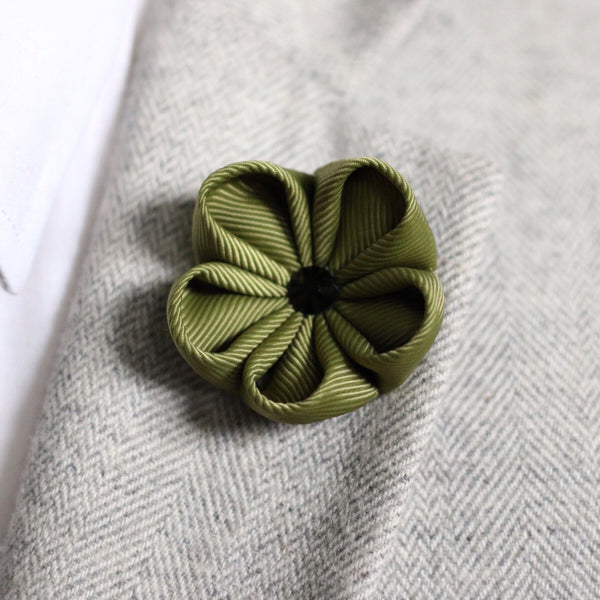 Army Green Silk Ribbon Lapel Flower
