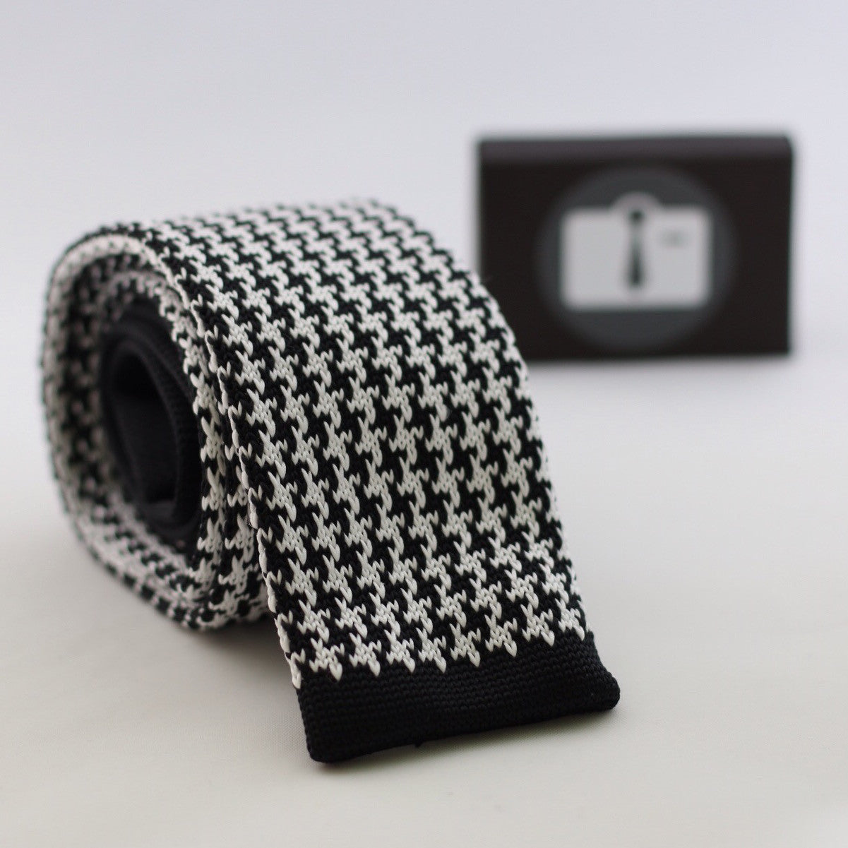 Black Knitted Tie With White Houndstooth Pattern | Outfit Toolkit